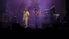 Samian a inauguré les concerts la place des Festivals